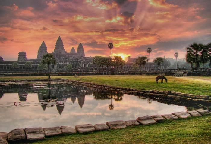 Cambodia Travel Package