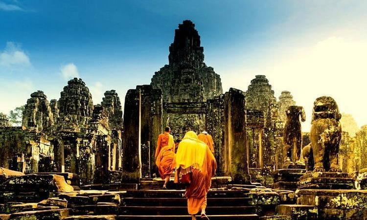 Angkor Wat Tour in Cambodia