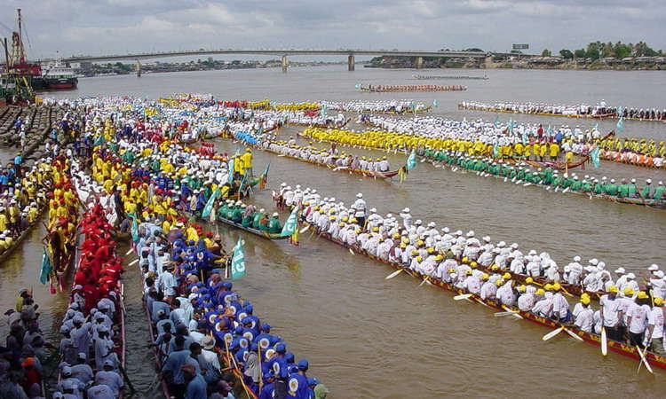 Cambodia water festival and Activities